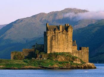 Slott och fästningar